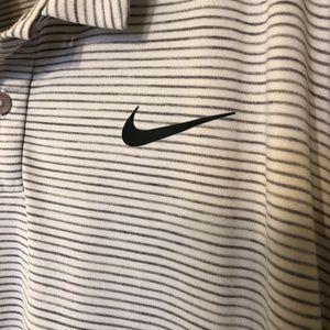 EUC Nike Tiger Woods (L) golf Polo